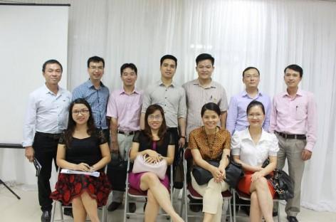 Tham quan mô hình đào tạo e-learning tại tổ hợp giáo dục Topica