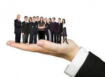 """""""Dụng nhân như dụng mộc"""" – Ứng dụng trong quản trị kinh doanh"""